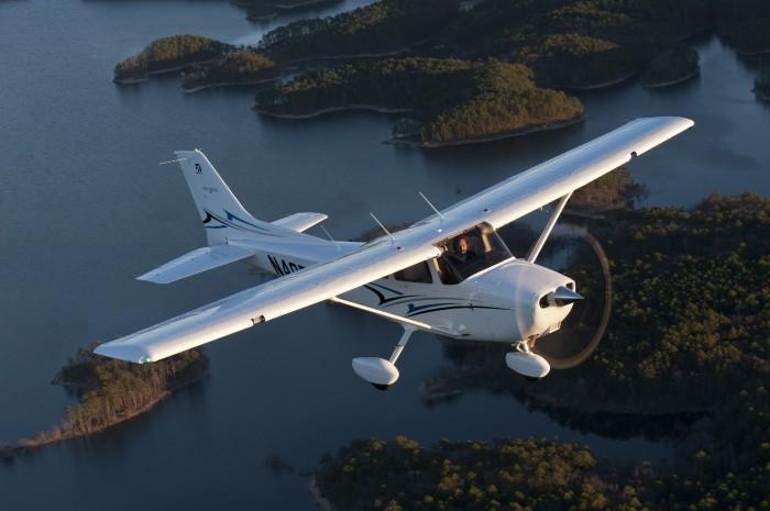 Cessna 172S (G1000 Glass Panel) - American Air Flight